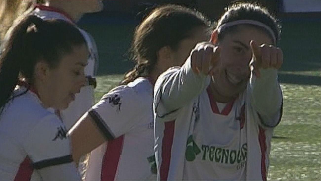 Gol de Badell del Tacón al Parquesol (2-0)