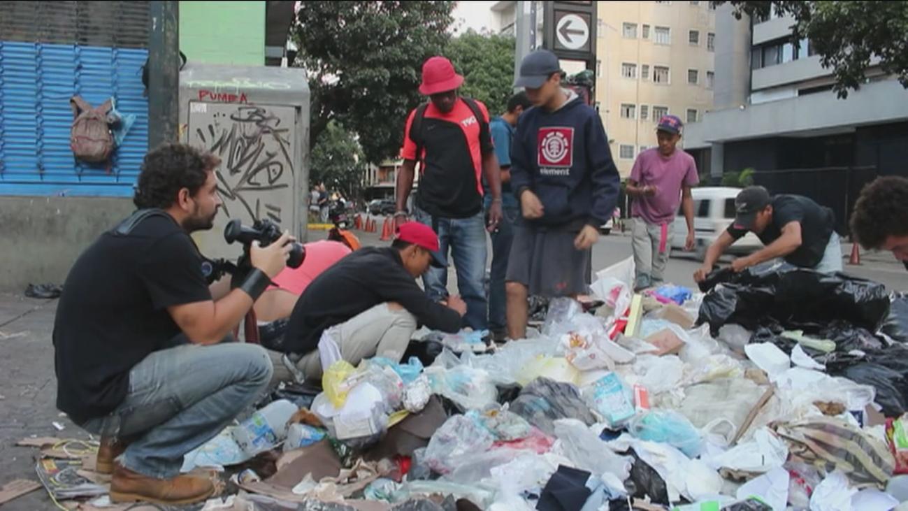 Maduro toma posesión al frente de una Venezuela que vive en la miseria
