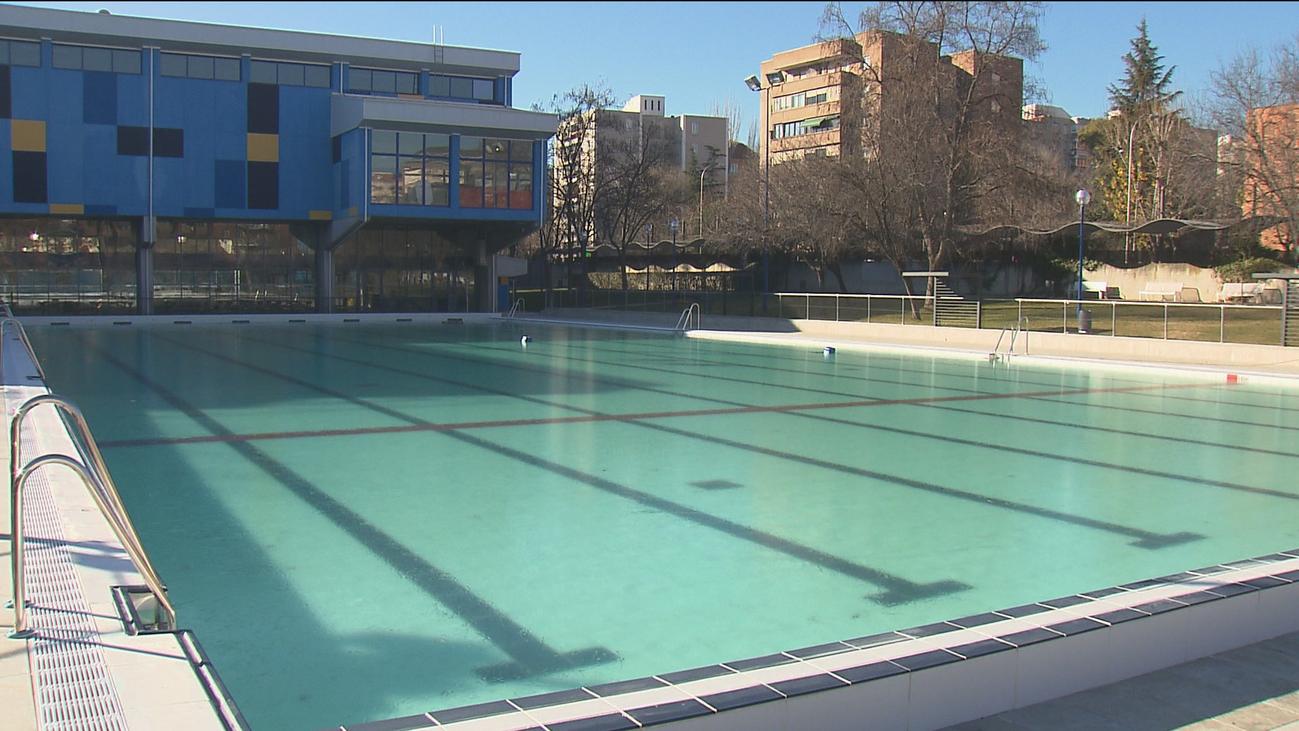 Carabanchel estrena piscina tras la remodelación del Centro Deportivo Municipal La Mina