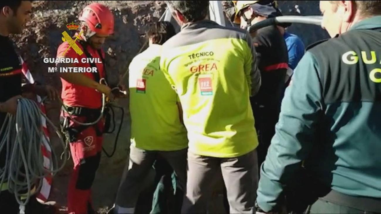 Búsqueda contra-reloj de Yulen, el niño que cayó a un pozo en Málaga