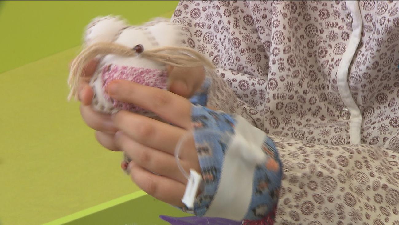 El ratoncito Pérez visita a los niños ingresados en los hospitales madrileños