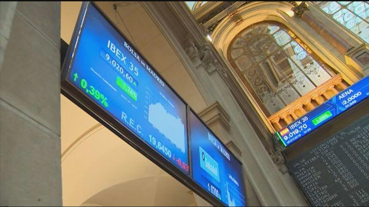 El Gobierno aprueba  nuevos impuestos a las transacciones financieras y a las grandes empresas digitales