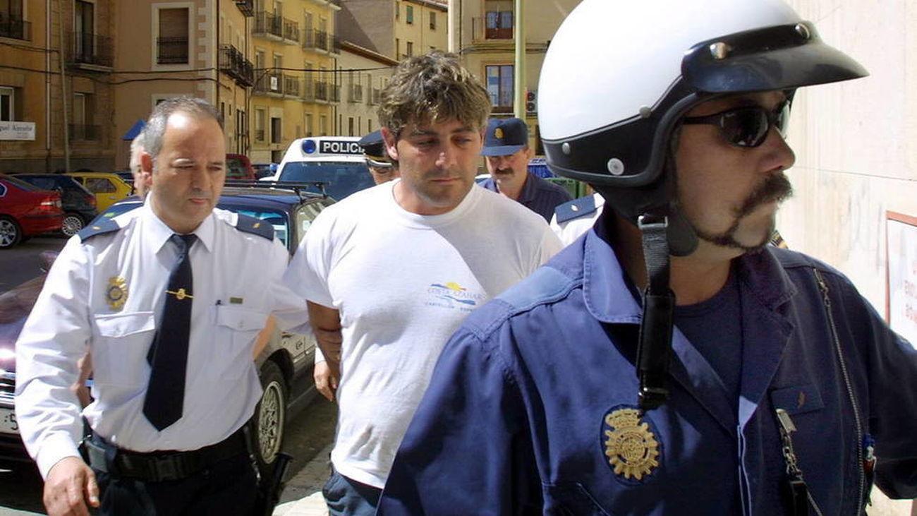 José Javier Salvador Calvo, dueño del piso en el que se ha encontrado el cadáver, fue condenado en 2003 por el asesinato de su mujer.