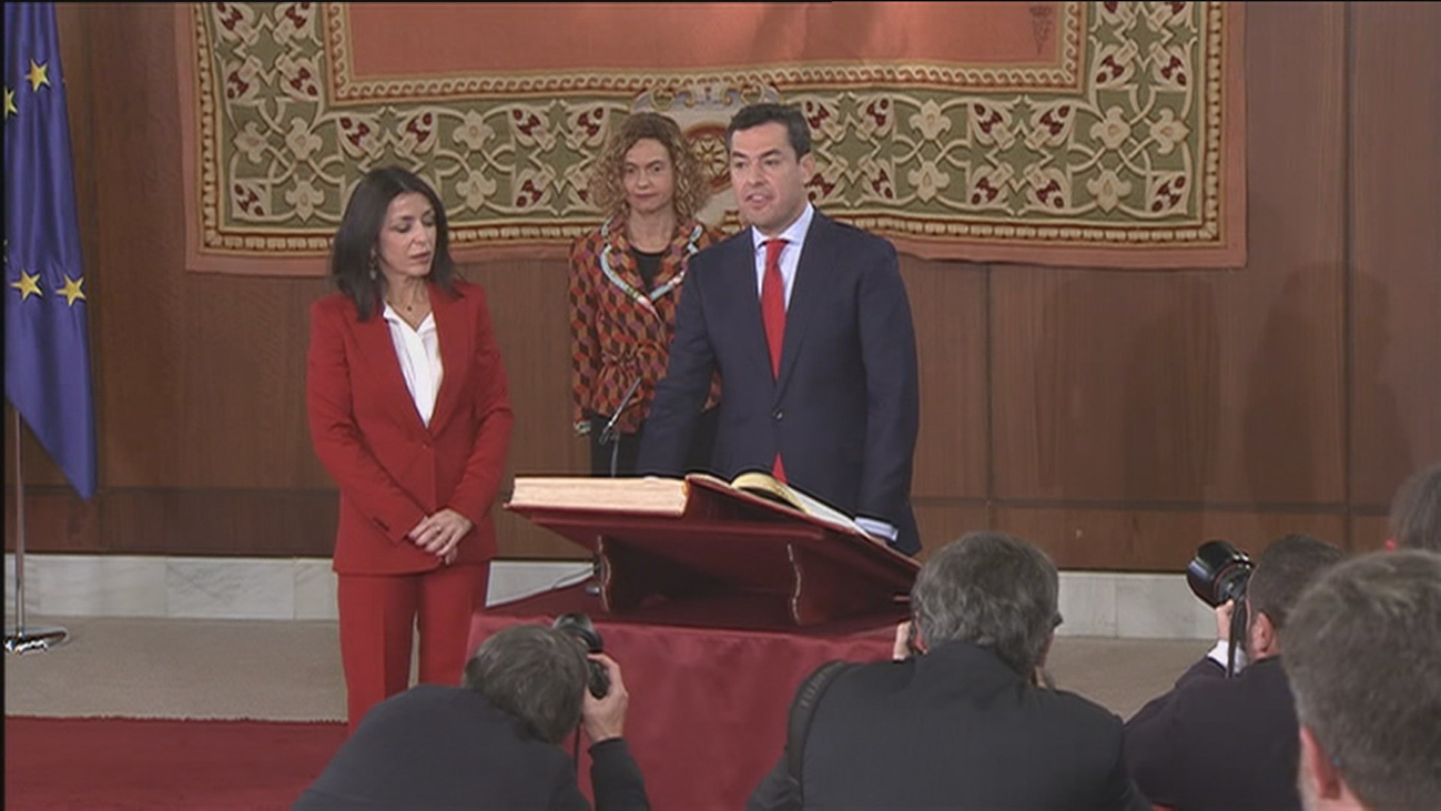 """Moreno reivindica el """"enorme poder"""" de Andalucía y dice que no será """"sumisa y silenciosa"""""""