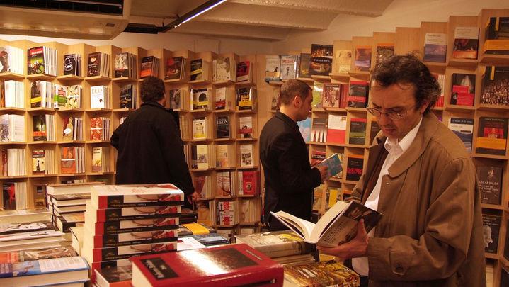 Crece el número de lectores en  España, aunque un 38,2% no lee