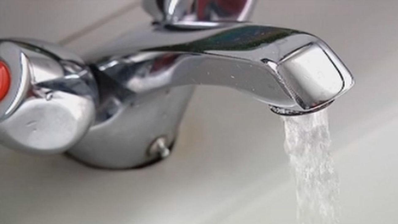 La Comunidad baja un 50% el recibo del agua a las pensiones de viudedad