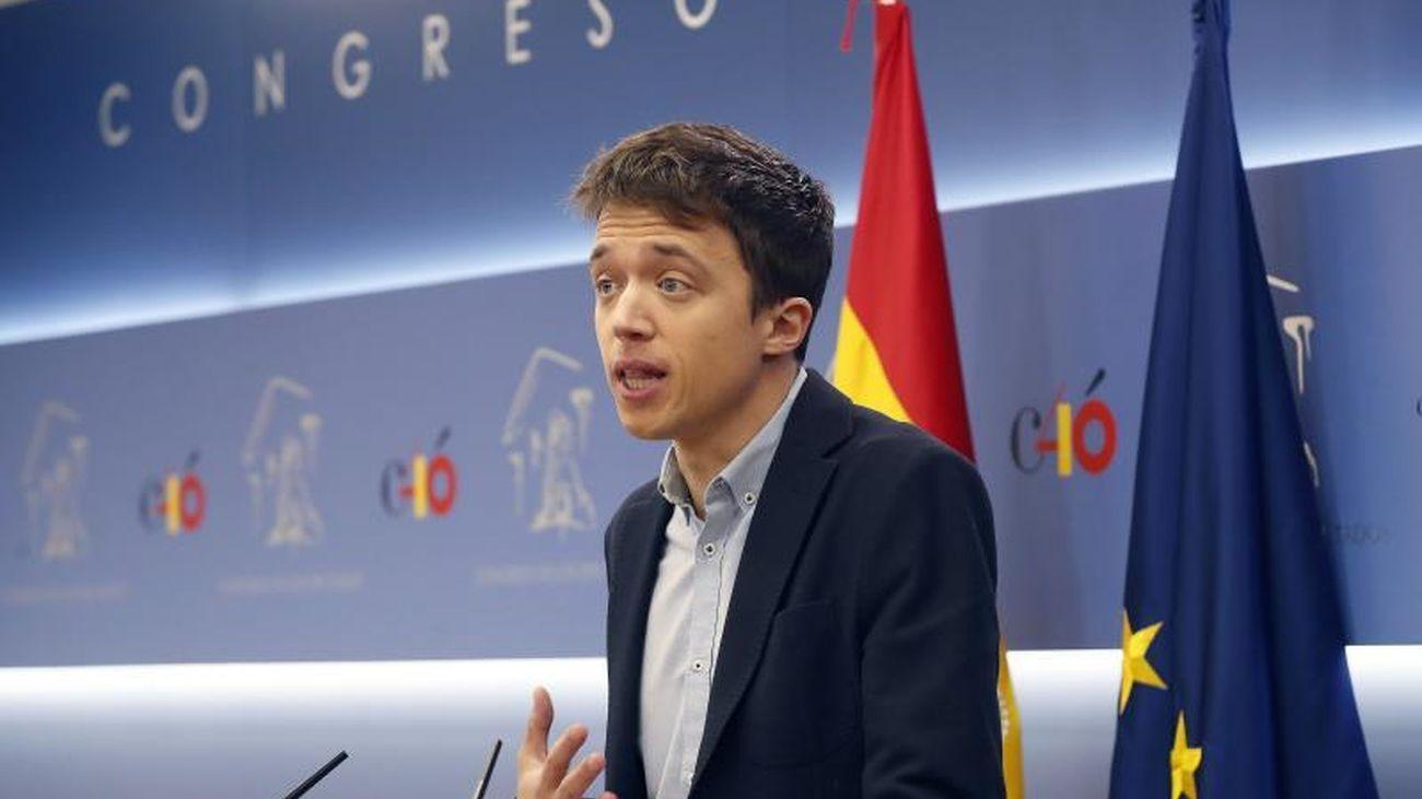 Íñigo Errejón, durante la rueda de prensa en la que anunció al grupo de Unidos Podemos en el Congreso que abandona el escaño.