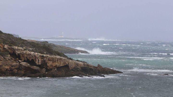Menorca y Formentera incomunicadas por mar por el temporal