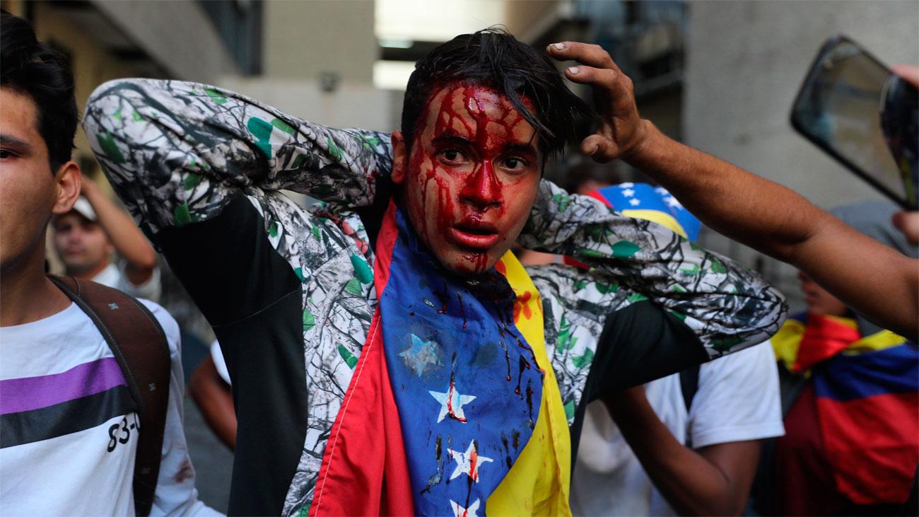 16 muertos y más de 200 detenidos en Venezuela por las movilizaciones contra Maduro