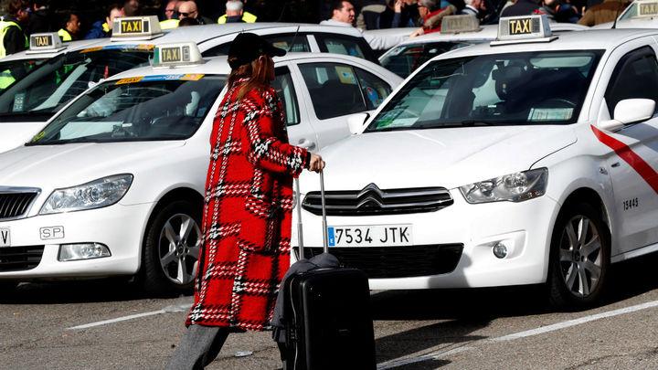 Los taxistas quieren que el Ayuntamiento limite al 50% la oferta de servicio por baja demanda