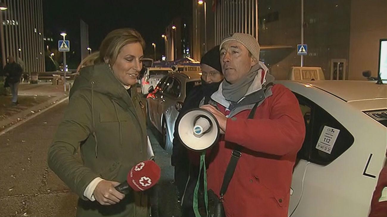 Taxistas iniciarán una huelga de hambre para reclamar la regulación VTC