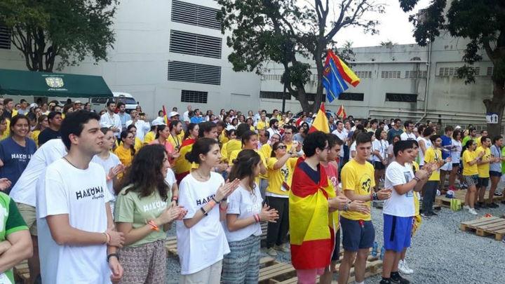 Medio millar de españoles en la JMJ rezan por el pequeño Julen