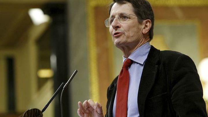 De la Rocha critica la designación de Pepu Hernández y competirá en las primarias del PSOE-M