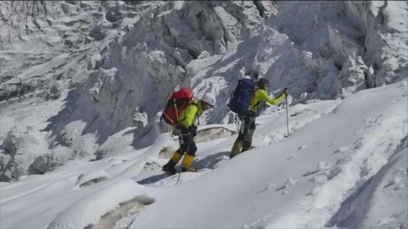 Carlos Soria, un escalador que lleva 65 años en la montaña
