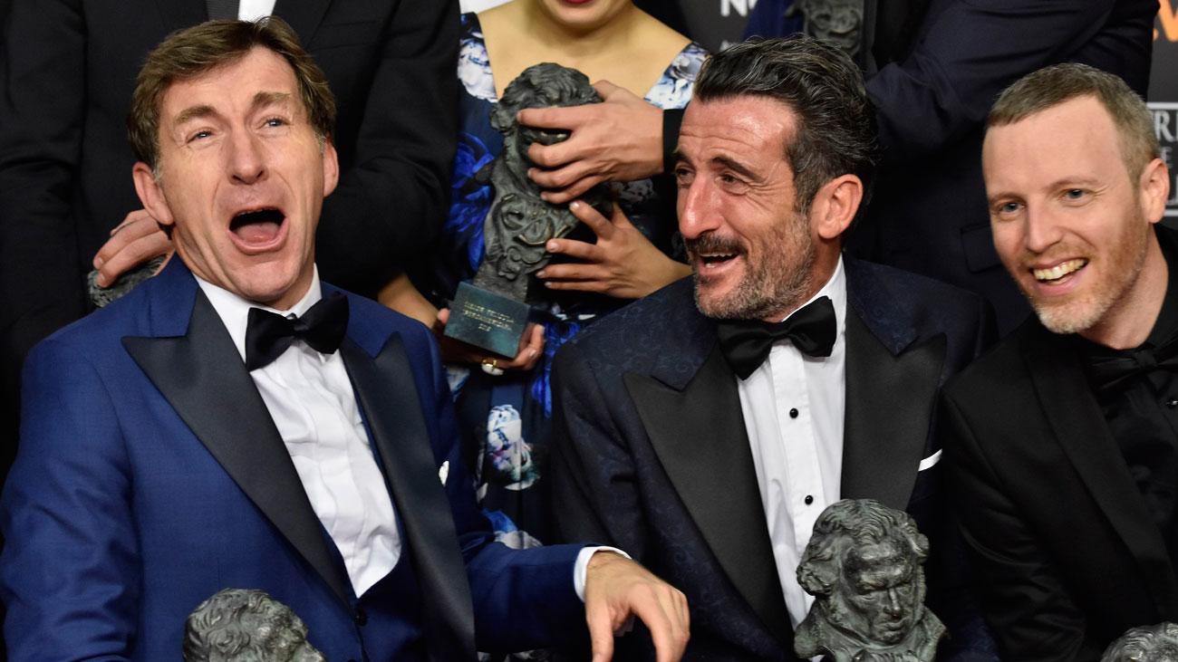 'El reino' gana la batalla con 7 galardones; 'Campeones' se convierte en la Mejor Película
