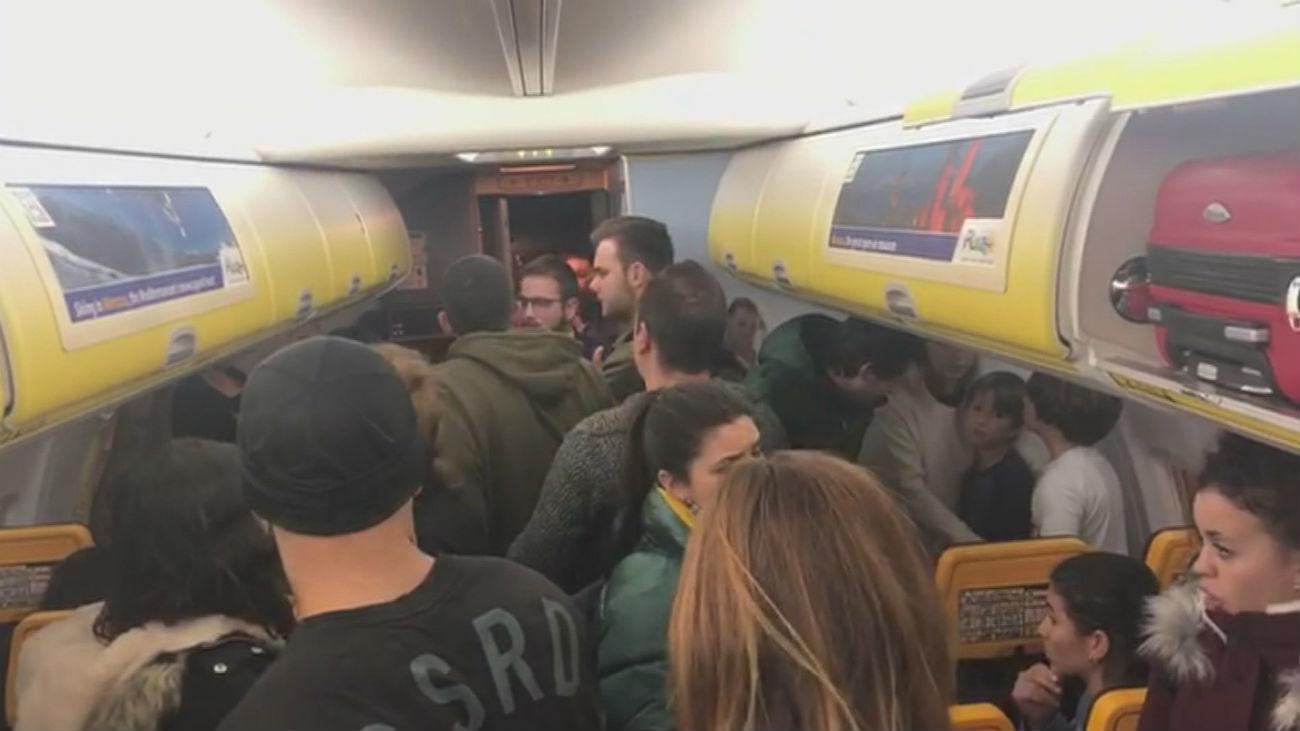 200 pasajeros españoles pasan 11 horas atrapados en Praga
