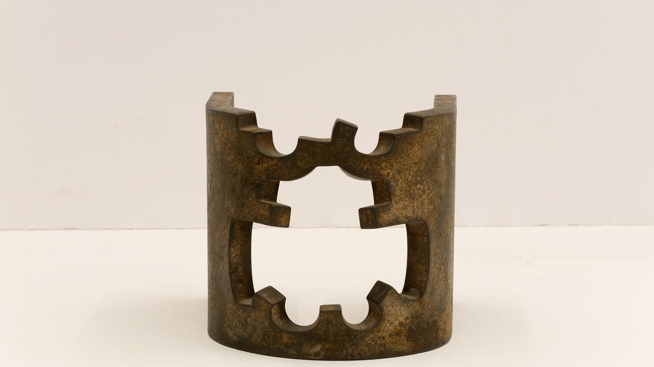 Exposición de Eduardo Chillida: esculturas, collages y piezas híbridas
