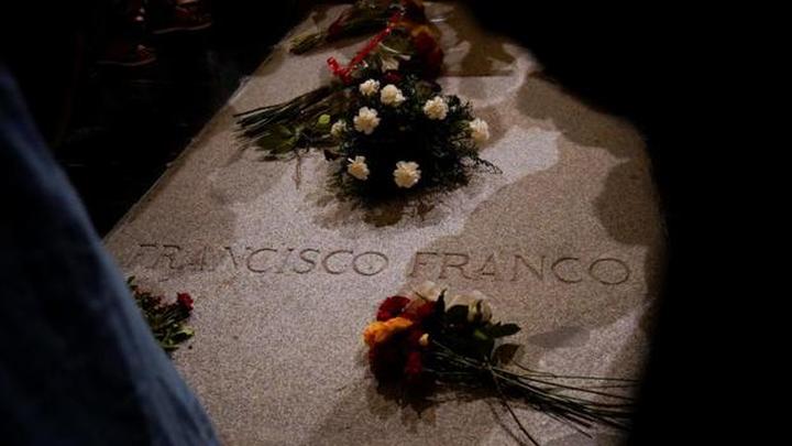 El Constitucional no admite el recurso de la familia Franco contra la exhumación del dictador