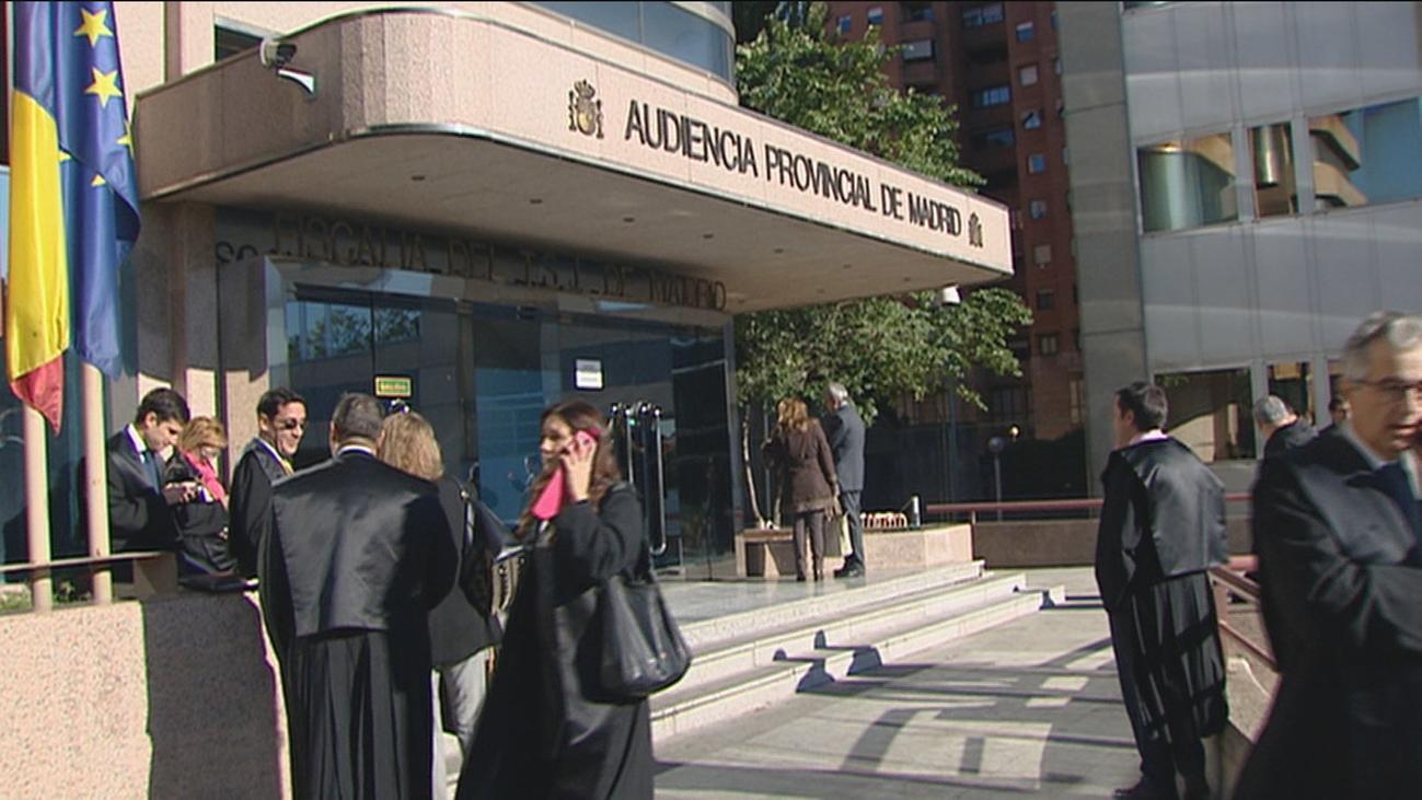 """Los acusados por el espionaje en Madrid denuncian """"advertencias"""" de políticos"""