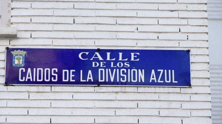 La Justicia pide a 656 ayuntamientos retirar los vestigios franquistas de sus calles