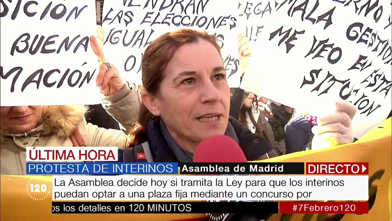 Interinos protestan frente a la Asamblea para exigir concurso de méritos
