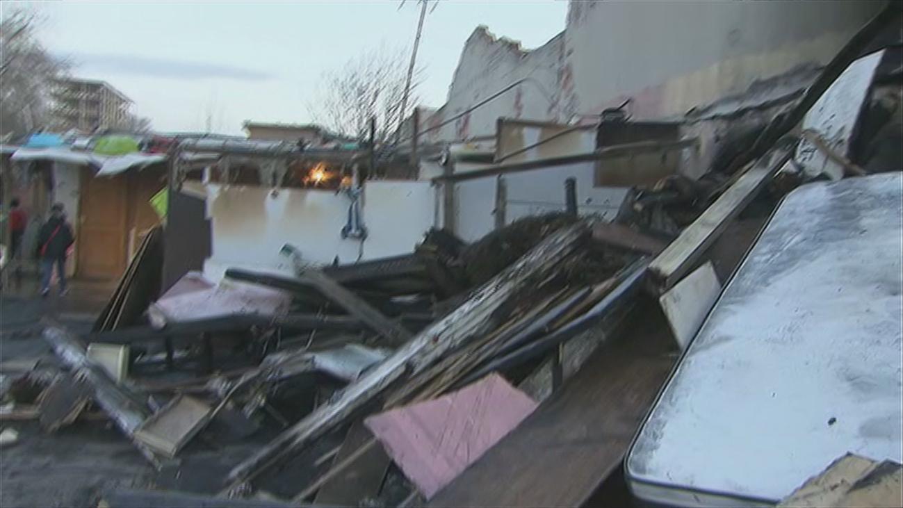 Los afectados por el incendio de las chabolas de Fuencarral piden ayuda