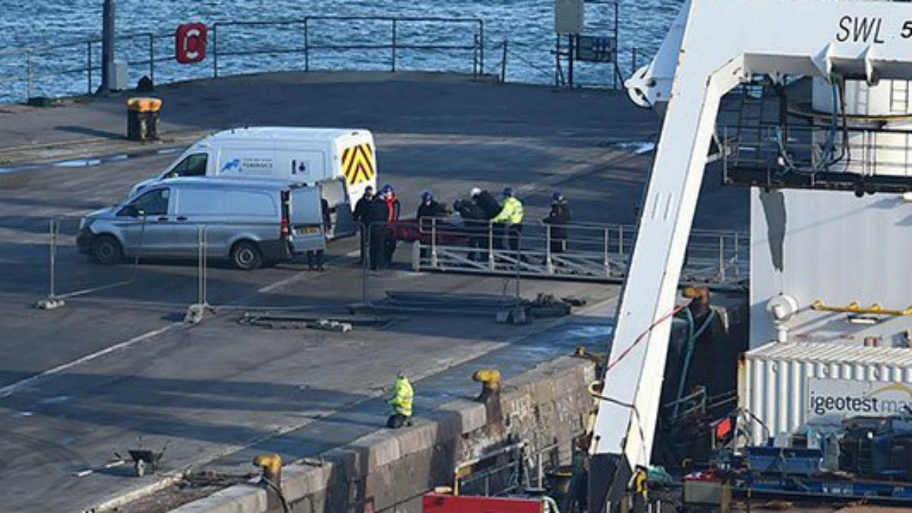 Rescatan un cuerpo de la avioneta en la que viajaba Emiliano Sala