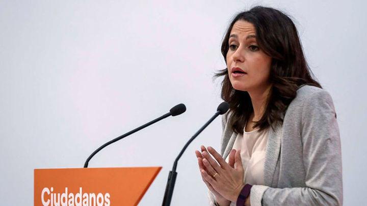 """Inés Arrimadas: """"El 'sanchismo' ha expulsado al PSOE del constitucionalismo"""""""