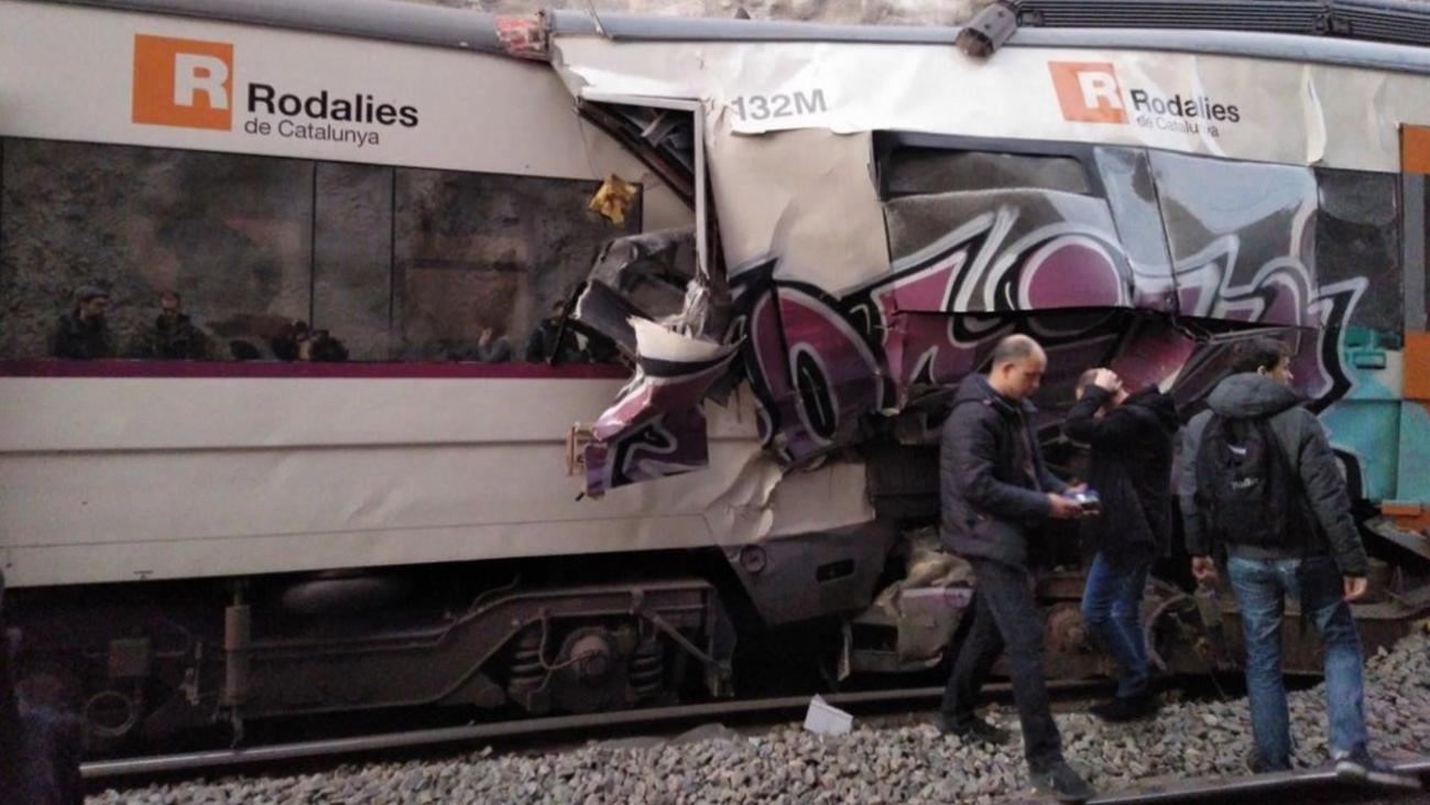 Un muerto y tres heridos graves por un accidente de Cercanías en Barcelona
