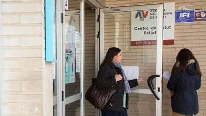 Hallan el cadáver de un hombre en el aseo de un centro de salud en Castellón