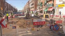 Siguen los trabajos para tapar el socavón de la calle José del Hierro de Ciudad Lineal