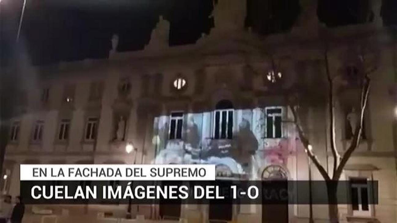 Proyectan imágenes de las cargas policiales del 1-O en la fachada del Supremo