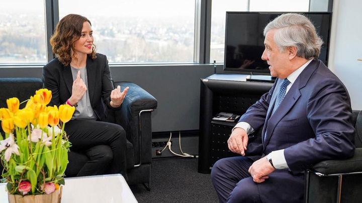 """Díaz Ayuso asegura que la educación, la vivienda y la conciliación familiar serán """"prioritarios"""" en su proyecto"""