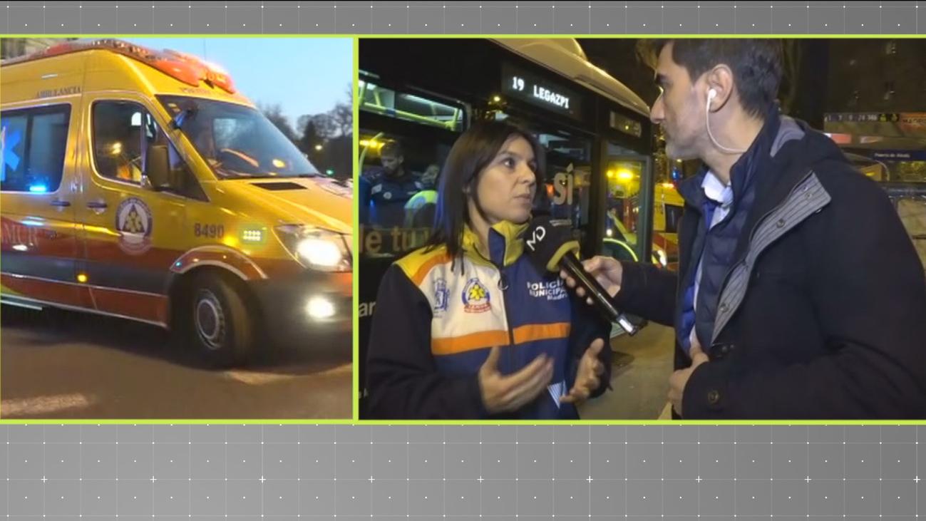 Un accidente de autobús en la Puerta de Alcalá se salda con 10 heridos leves