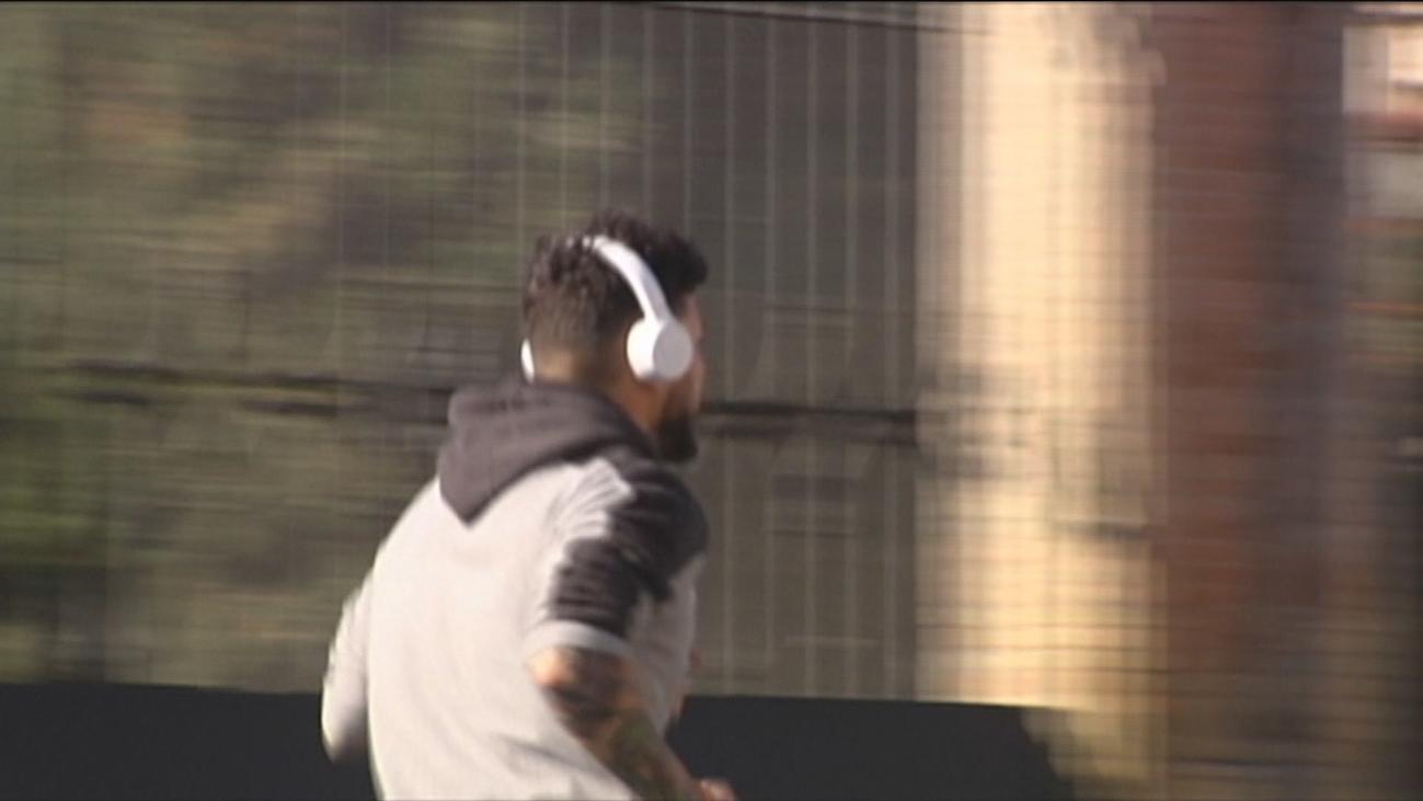 La mitad de los jóvenes pueden perder audición por escuchar música alta con auriculares