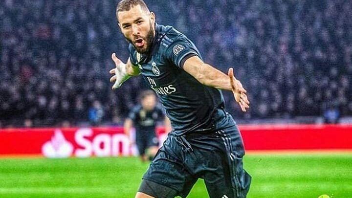 Gol de Benzema al Ajax (0-1)