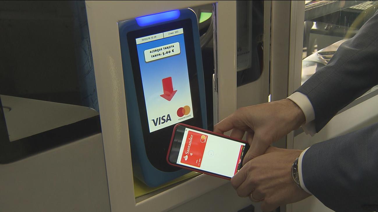 En abril se podrá pagar el billete sencillo de la EMT con la tarjeta o el móvil