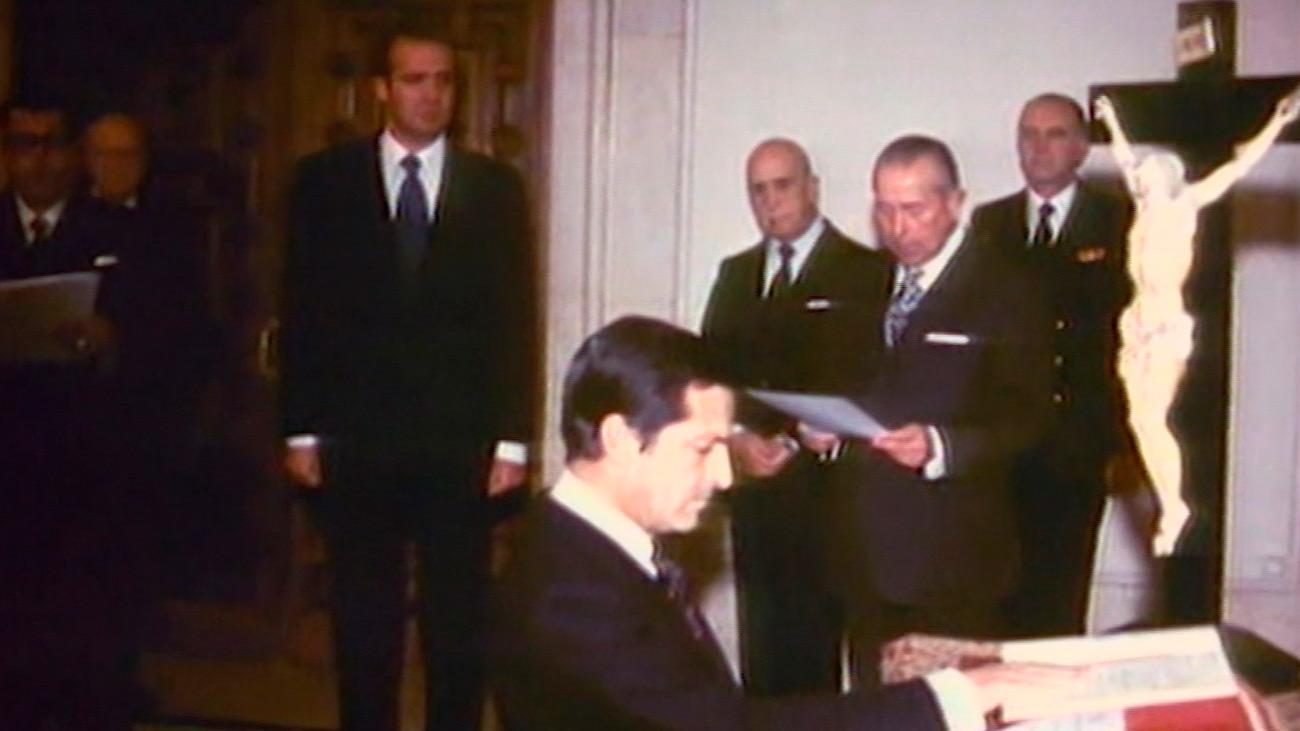 ¿Por qué el Rey se fija en Adolfo Suárez para ser presidente del gobierno?