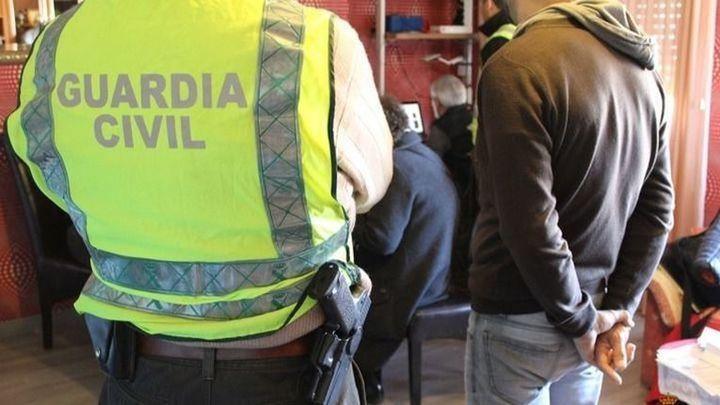 Más de 8.000 objetos falsificados, intervenidos en Cobo Calleja