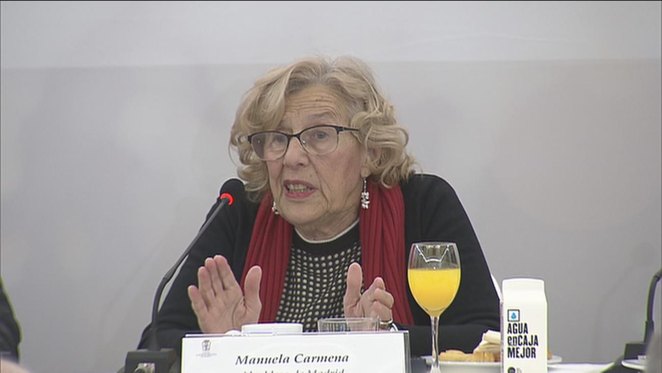 """Carmena se sorprende porque """"hay muchos madrileños que hacen pis en la calle"""""""