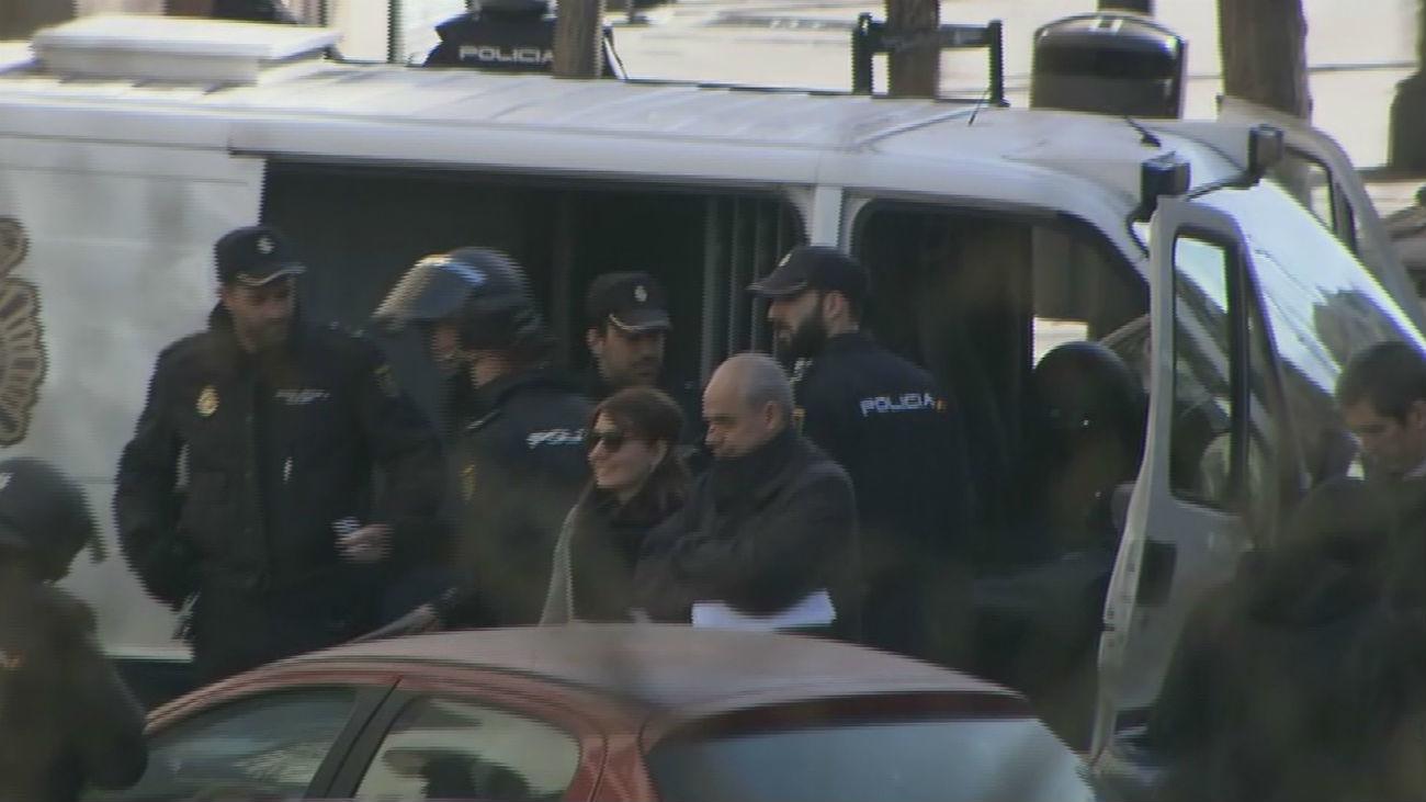 Seis detenidos en Argumosa 11 por intentar paralizar cuatro desahucios