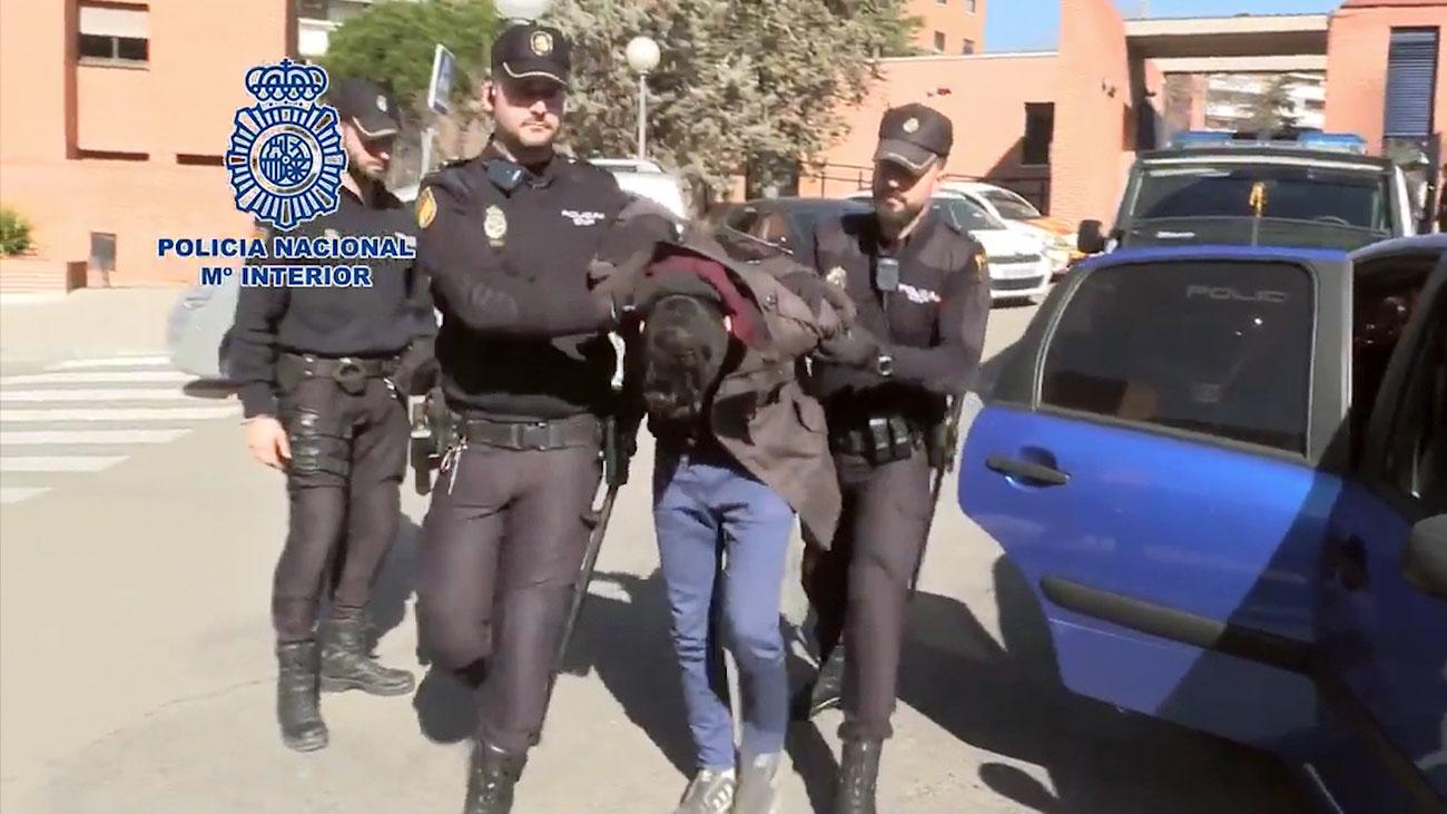 El detenido en Ventas por descuartizar a su madre se comió partes del cadáver
