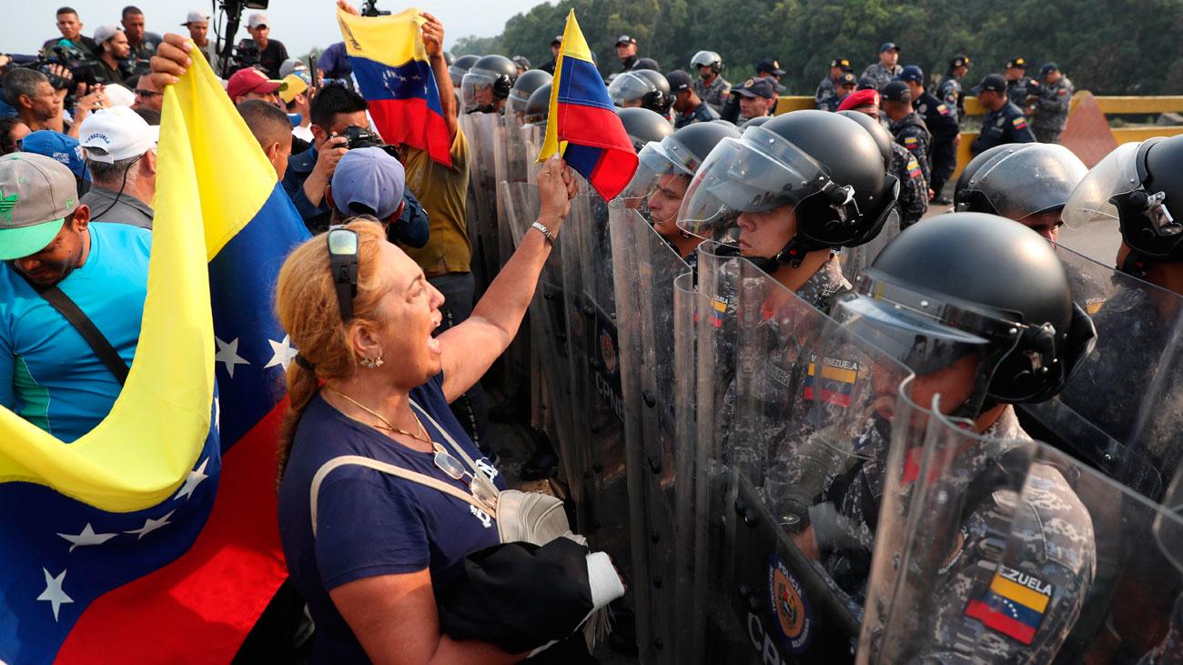 Tensión en la frontera de Venezuela ante la entrada de ayuda humanitaria