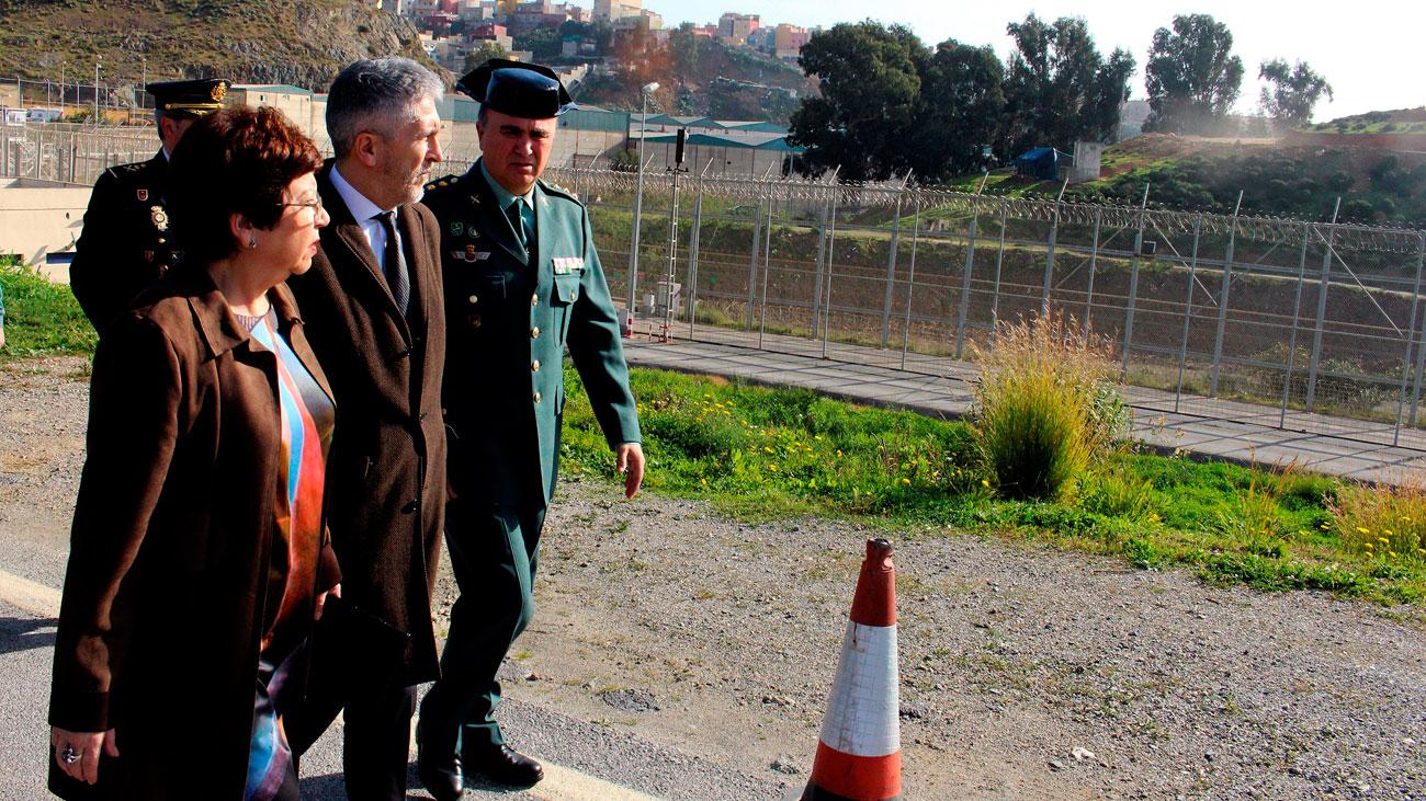 Las concertinas se retirarán del vallado fronterizo de Ceuta