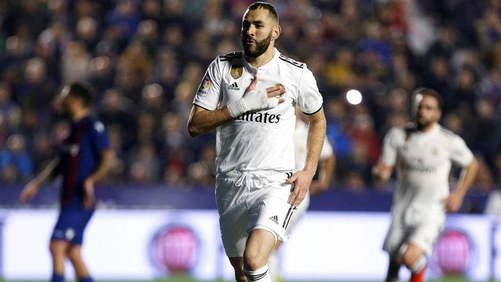 1-2. Dos penaltis con VAR dan la victoria al Madrid ante el Levante