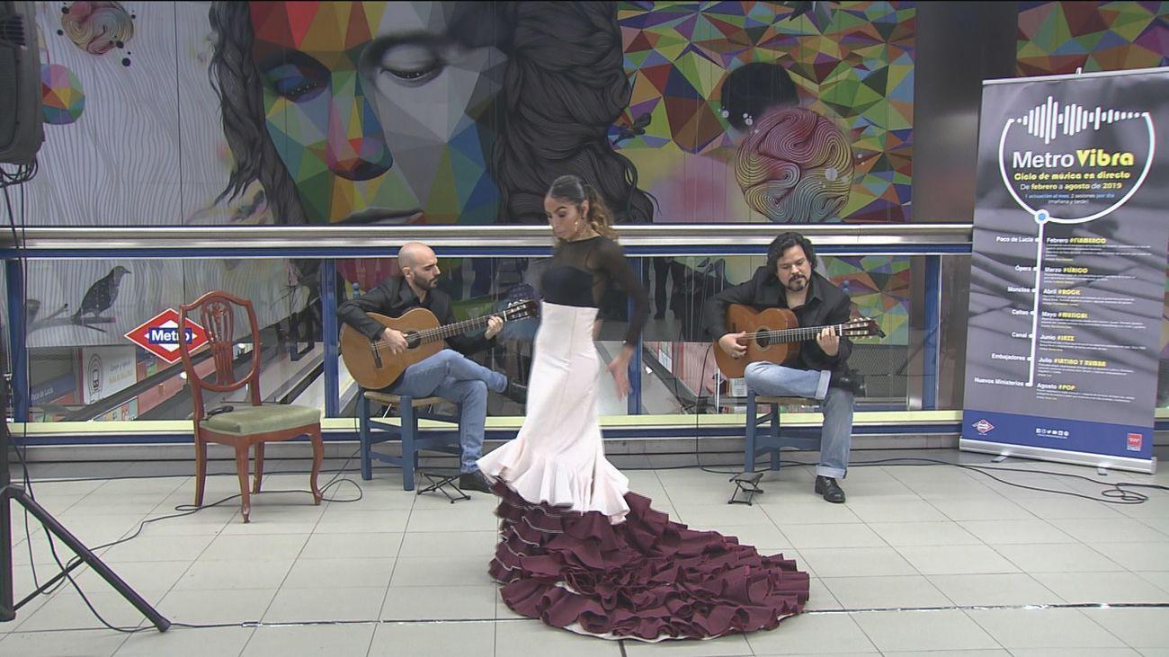 Música en directo en el Metro por su centenario