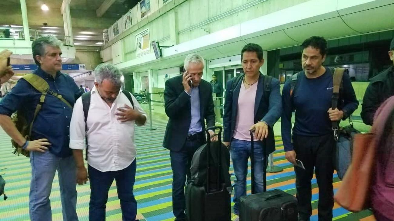 Periodistas deportados de Venezuela tras una entrevista a Nicolás Maduro