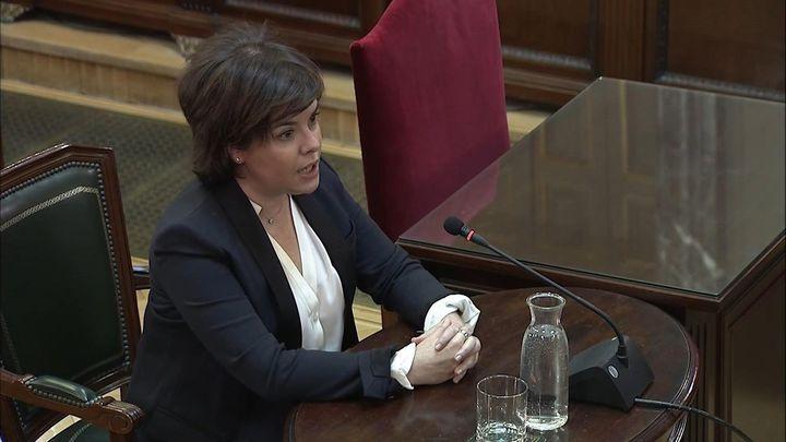 Sáenz de Santamaría afirma que no habló del referéndum con nadie de la Generalitat