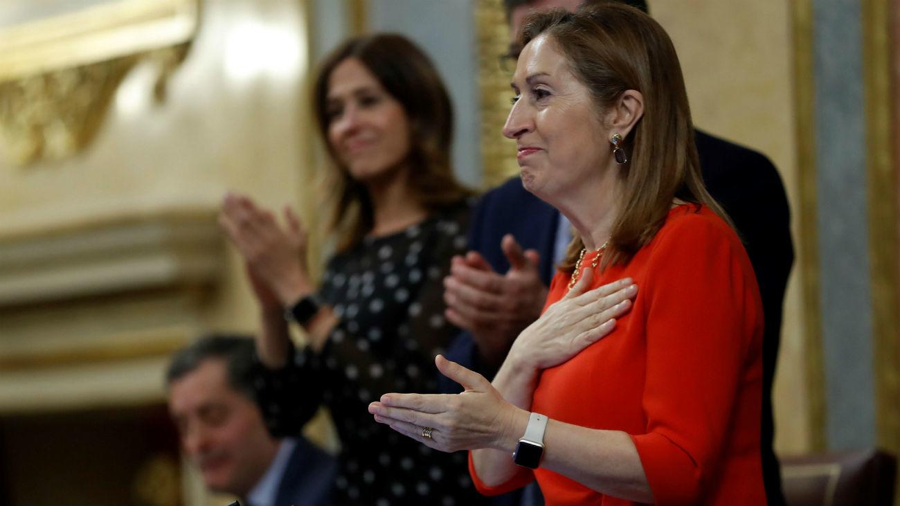 Pastor despide la legislatura con un tributo a las mujeres diputadas