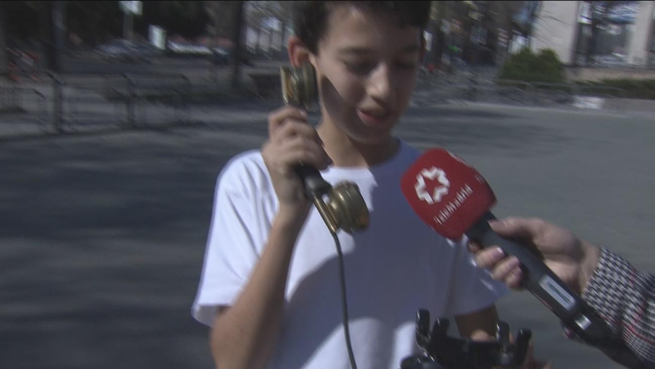 ¿Sabrían usar un teléfono analógico los jóvenes de hoy?